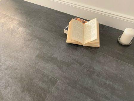 GreenLine Stone Fliesenoptik Concrete Dark Vinylboden