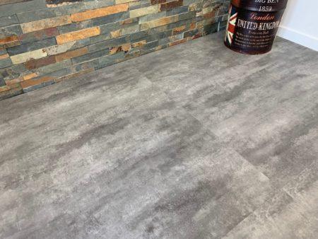 GreenLine Silent XL Stone Flieseoptik Sichtbeton grau mit Trittschalldämmung Vinylboden