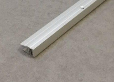 Profil Repac PLP 7/17 Abschluss silber