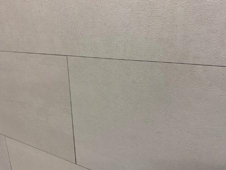 Wandfliesen Design Wall aus Vinyl Betonoptik Off white